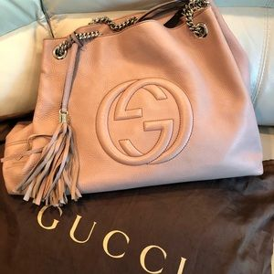 Gucci Pink Pebbled Leather Soho Chain Tote Bag